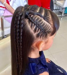 Save by Hermie Lil Girl Hairstyles, Princess Hairstyles, Braided Hairstyles, Hair Due, Her Hair, Curly Hair Styles, Natural Hair Styles, Girl Hair Dos, Girls Braids