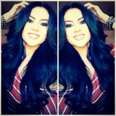Gorgeous blue black hair I definitely need to try on my hair Long Black Hair, Long Curly Hair, Big Hair, Dark Hair, Curly Hair Styles, Locks, Hair Addiction, Stylish Hair, Great Hair