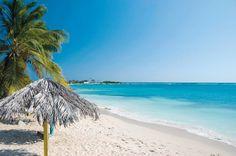 Travel Spots 10 MUST-VISIT BEACHES