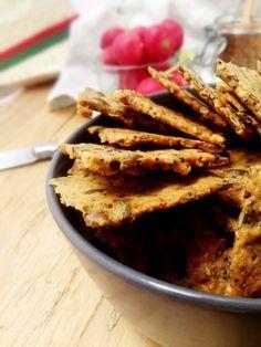Crackers extra-croustillants et extra-sains aux graines (graines de lin, graines de courge, sésame, pavot)