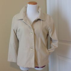 Banana Republic jacket. A three button waist jacket made of 100% cotton. Has two front pockets and shorter sleeves. Size L Banana Republic Jackets & Coats