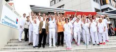 Rund 480 Mitarbeiter im DRK-Krankenhaus Clementinenhaus engagieren sich dafür, dass Sie eine hervorragende medizinische und pflegerische Versorgung erhalten. Sie finden uns im Zentrum von Hannover. Wir verstehen uns als innovatives und leistungsstarkes Krankenhaus mit einem großen Herzen.