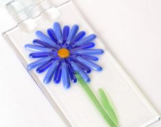 Cobalt Blues Flower Power Suncatcher, garden decor, flower sun catcher, garden decor by Artdefleur on Etsy https://www.etsy.com/listing/126850576/cobalt-blues-flower-power-suncatcher