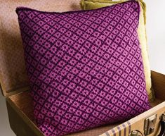 Fair Isle pillow on Craftsy - a good place to start learning Fair Isle.