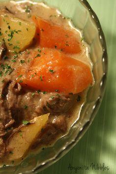 cream of mushroom, slow cooker, crock pot, pot roast, beef rump, rump roast, sunday dinner, southern food from www.anyonita-nibbles.com