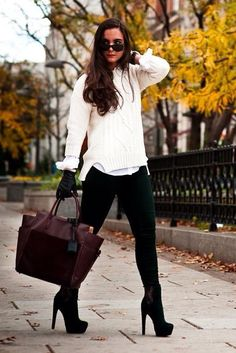 Off white cable knit jumper with a white shirt underneath, black skinnies. Accessories to complete the look are a mixed brown tone bag , black gloves , high leg boots and circular sunglasses! Winter Outfits 2014, Simple Winter Outfits, Love Fashion, Style Fashion, Fashion Ideas, Winter Fashion, Jean Outfits, Cute Outfits, Black Jumper