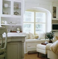 Arch on window seat