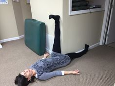 Hip Flexor Stretches: The Easiest Way to Stretch Tight Hamstring Muscles...