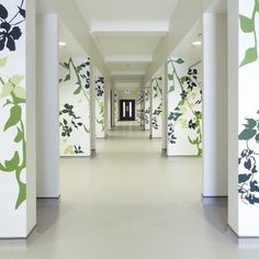 International vinyl flooring specialists Gerflor provided the solution from its hard-wearing Mipolam range with its new, patented Evercare surface treatment for all treatment rooms, clinical areas and corridors. Construction News, Vinyl Flooring, Flooring Ideas, Commercial Flooring, Treatment Rooms, Wet Rooms, Flower Wallpaper, Health Care, The Originals