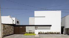 Galeria de Apartamentos EZ4 / P11 Arquitectos - 10
