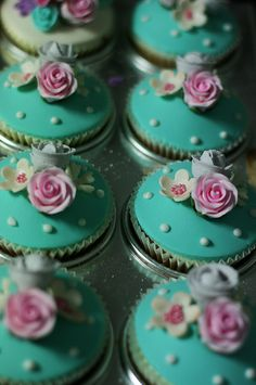 fairy cakes, pink roses, color, weddings, tiffany blue, wedding cupcakes, cupcake art, flower cupcakes, flowers