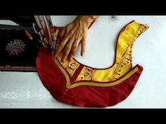 Hello Viewers Welcome To MMS DESIGNER. This video will show you how to create a beautiful and simple way MMS Latest Blouse Back Neck designs Easy Cutting and. Latest Blouse Neck Designs, Simple Blouse Designs, Latest Mehndi Designs, Fancy Blouse Designs, Bridal Blouse Designs, Blouse Neck Patterns, Designer Blouse Patterns, Churidar Neck Designs, Kurta Neck Design