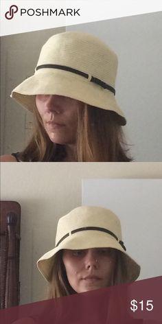 Straw Belted Bucket Hat Straw Belted Bucket Hat Accessories Hats