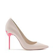 Sleek nude pump with pointed toe and flamingo detailing with hot bubble gum pink heel. This is the perfect pump for those who want to stand out.