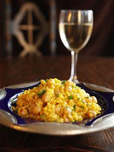 Saffron Chickpea Risotto - Golden creamy saffron-infused vegetarian risotto recipe. Utterly irresistible!