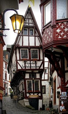 Bernkastel, Rhineland-Palatinate, Germany Intellectual Desires, Knowledge, and To Know Nothing At All Places Around The World, Around The Worlds, Wonderful Places, Beautiful Places, German Houses, German Village, Places To Travel, Places To Visit, Europe Centrale