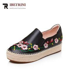 d8f9789139 Barato RIBETRINI 2018 Primavera E No Outono Moda Bordar Sapatos de  Plataforma Rasa slip on de