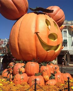 Mickey Halloween Pumpkin #IvanovaUStrip2013 #October2013 #Disneyland #Anaheim #California #Halloween #throwback #DisneyFan #DisneyFreak by ginaknowles