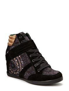 Desigual Shoes - SHOES SNEAKERS SUNY 3 Zapatillas Con Taco 9e103feea54cf