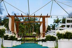 Espaço da cerimônia externa: possibilidade de toldo (clicar para ver todas as fotos)