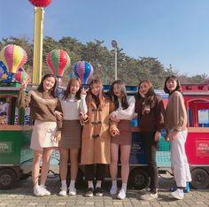 Mode Ulzzang, Ulzzang Korea, Girl Korea, Asia Girl, Byun Jungha, Korean Best Friends, Age Of Youth, Role Player, Western Girl