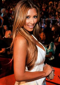 Kim Kardashian in blonde hair