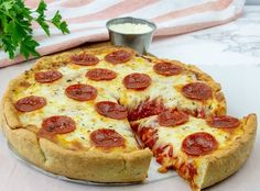 Make this Keto and Gluten Free Deep Dish Pepperoni Pizza - a savory crust loaded with Chicago style layers of pepperoni and melting cheese! Pizza Recipes, Keto Recipes, Healthy Recipes, Keto Foods, Pepperoni Rolls, Dinner Rolls Recipe, Pizza Rolls, Low Carb Pizza