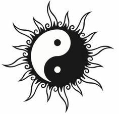 Disegno per tatuaggio yin e yang a forma di sole