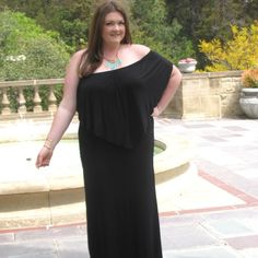 Black versatile maxi dress with ruffle size 1x Versatile Black maxi dress with ruffle size 1x worn for shoot. Can be worn off shoulder, over the shoulders or over the bust and belted. Belt not included. Dresses Maxi