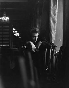 James Dean - Chairs © Roy Schatt