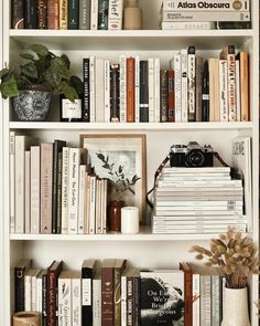 Interior Inspiration, Room Inspiration, My New Room, Cheap Home Decor, Home Decor Accessories, Home Remodeling, Bedroom Decor, Wall Decor, Wall Art