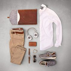 10 Ways to Style Your Guy (Men Outfits) Der Gentleman, Gentleman Style, Mode Outfits, Fashion Outfits, Fashion Flatlay, Casual Wear, Casual Outfits, Moda Blog, Men With Street Style