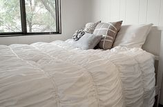 Anthropologie inspired Cirrus duvet cover: 2 King size sheets and one Queen size flat sheet = full/queen duvet