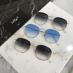 the trendy sunglassesfor summer 2018. alfsixty1.com Men Sunglasses Fashion, Fashion Eye Glasses, Sunglasses Women, Vintage Sunglasses, Bling Bling, Circle Glasses, Cool Glasses, Heart Shaped Sunglasses, Ray Ban Sunglasses