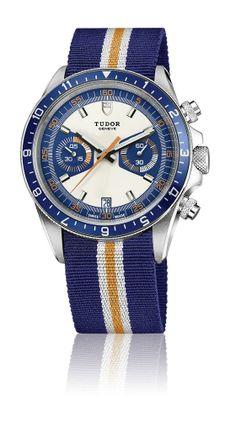Tudor Heritage Chrono Blue possui acumulador de 45 minutos às 9 horas e pequenos segundos às 3 horas