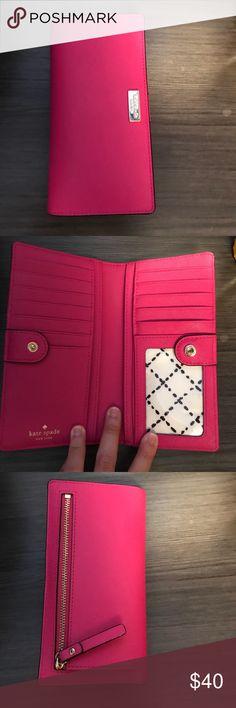 Pink kate Spade Wallet EUC pink kate Spade Wallet kate spade Bags Wallets