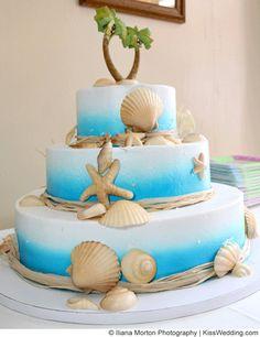 Beach Theme Wedding Cakes for Couples Who Want to KISS KISSwedding.com