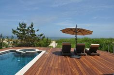 Ipe Decking looks great against the landscape
