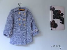 Ravelry: Chlupatý kabátek / Pea coat pattern by Helena Remlerova Coat Patterns, Crochet Cardigan, Thread Crochet, Crochet Clothes, Crochet Baby, Crochet Wraps, Free Pattern, Fur Coat, Crochet Patterns