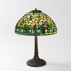 """""""Daffodil"""" Tiffany Lamp.  Available exclusively at Macklowe Gallery."""