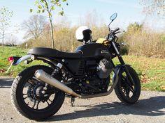 Moto #Guzzi V7 II Stone