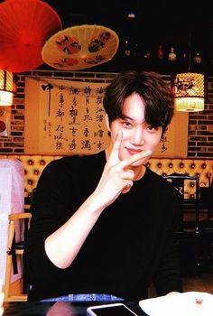 Cigarettes and Alcohol - Chanbaek Kaisoo, Chanbaek, Baekhyun Chanyeol, Kris Wu, Kim Kai, Kim Minseok, Exo Korean, Kpop Exo, Exo Members