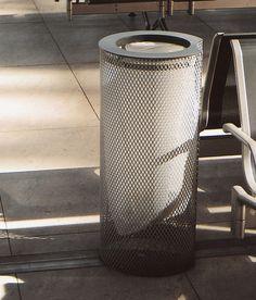 Exterior bins | Street furniture | aeroporto | mmcité | David. Check it out on Architonic