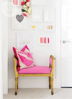 interior-white-beige-gallerywall home office, feminine, girly, pink and white