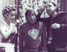 "Foto: Foto sem data Florinda Meza, Roberto Gómez Bolaños e Carlos Villagrán no seriado ""Chaves"", apresentado pelo SBT.ᒾ"