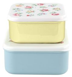Take these cheerful boxes to work, school or even camping as a perfect way to keep your sandwiches fresh.