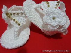 sandalia-bebe-glamour-com-brinde-croche-de-bebe