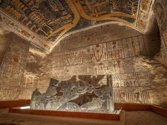 Ramesses VI Burial Chamber inside the Valley of the Kings in Luxor, Egypt. Picture: www.jakubkyncl.com Ancient Egyptian Tombs, Ancient Tomb, Egyptian Art, Ancient Art, Ancient History, Arte Tribal, Old Egypt, Visit Egypt, Valley Of The Kings