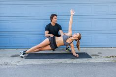 8 Total Body Exercises To Get You Ready For Anything In Life: Side Plank