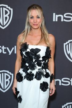 Photo of Kaley Cuoco in Real Life Kaley Cuoco Body, Big Bang Theory Penny, Kaley Cucco, Try Not To Cry, Celebs, Celebrities, Hollywood Stars, Bigbang, American Actress